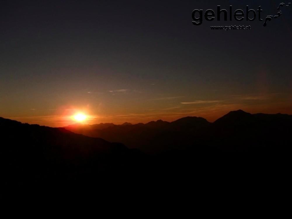 Immer ein besonderes Erlebnis: Sonnenuntergang im Gebirge