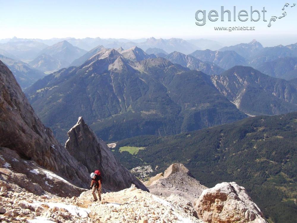Die Zugspitze trennt Tirol und Bayern (hier der Blick ins Tirolerische).