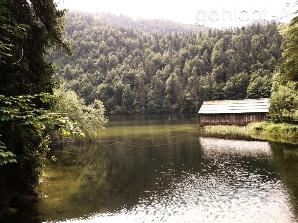 Der geheimnisvolle Toplitzsee zeigt sich von seiner schönsten Seite