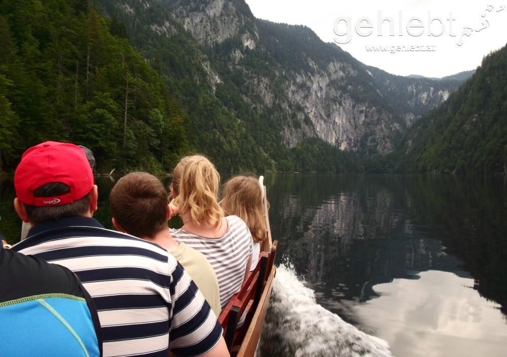 Die Schifffahrt am Toplitzsee ist ein beliebtes Ausflugsziel