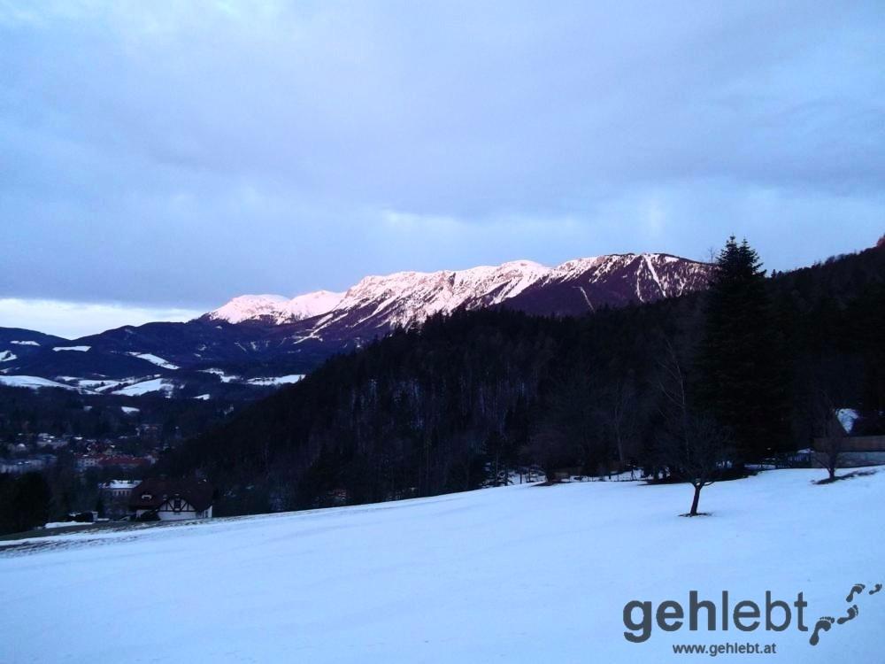 Winterwanderung Naturfreundehaus Knofeleben - Rax im Morgenlicht