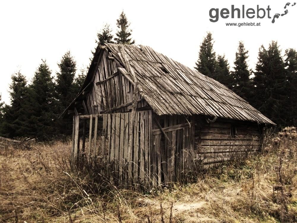 Die Hütte am Beeralpl hat auch schon bessere Zeiten gesehen.