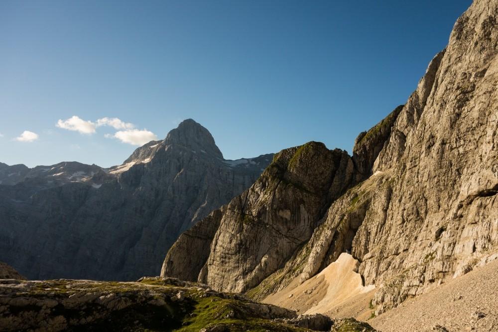 Natur pur erwartet die Alpenüberquerer in den Julischen Alpen. (Foto: Christof Herrmann)