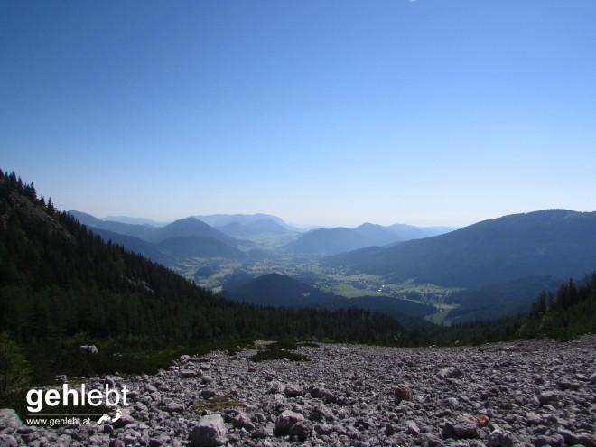 Blick von der Breiten Ries ins Puchberger Becken.