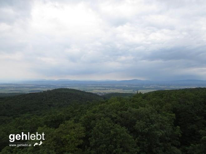 Während der Blick in den Westen die Regengebiete zu Tage bringt.