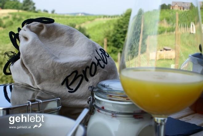 Es gibt viele Definitionen von Paradiesen - das Frühstück im Weingarten-Resort Unterlamm/Loipersdorf ist eine davon.