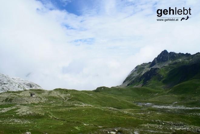 Blick vom Plasseggenpass (2354m) wieder ins Vorarlbergerische.