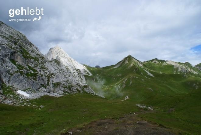 Blick vom Öfapass zum Schweizer Tor und zum Verajöchli.