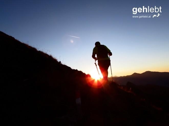 Am Weg zum Eisatz, den zweiten Gipfel, strahlt mir die Sonne erstmals entgegen.