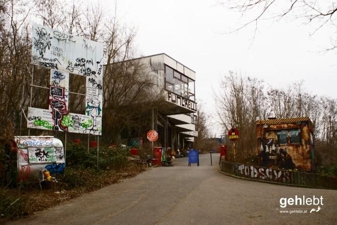 """Der """"Eingang"""" zur alten Abhörstation am Teufelsberg."""
