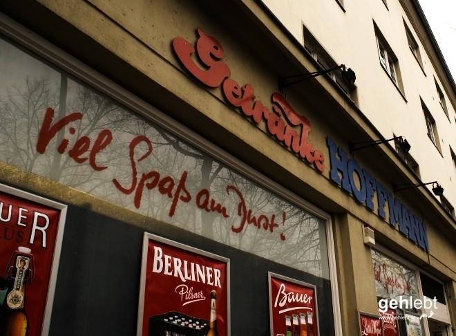 """""""...und dann kommt gleich Getränke Hoffmann."""" (c) Element of Crime - Delmenhorst"""