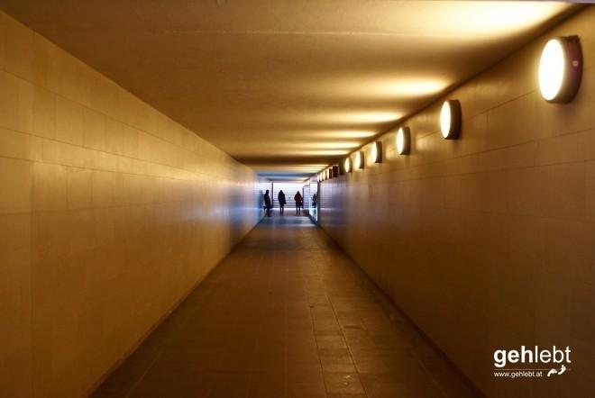 I'm going deeper underground - am Weg zur Siegessäule.