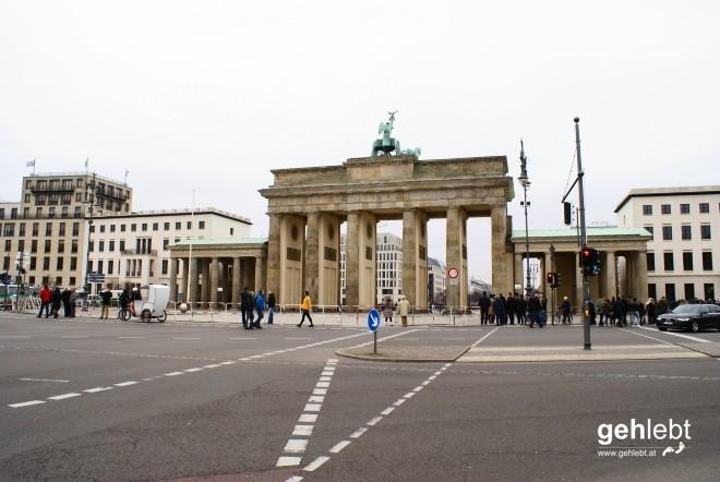 Das Brandenburger Tor musste wegen einer rechtsextremen Demo abgesperrt werden...