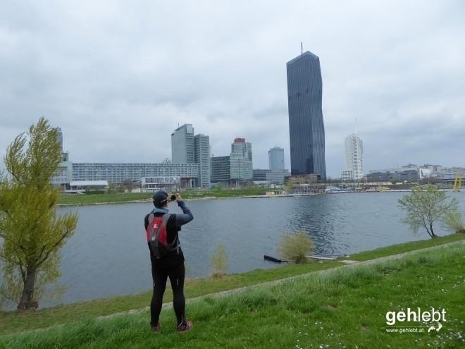 Ein beliebtes Fotomotiv. Und die Donau-City im Hintergrund.