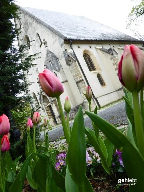 Die gotische Kirche in Sievering zum Heiligen Severin.