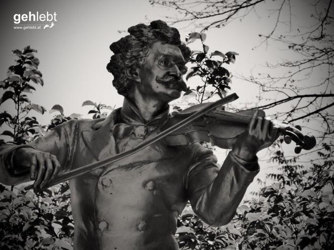 Das wohl meistfotografierte Denkmal im ganzen Stadtpark ist nun auch hier verewigt.